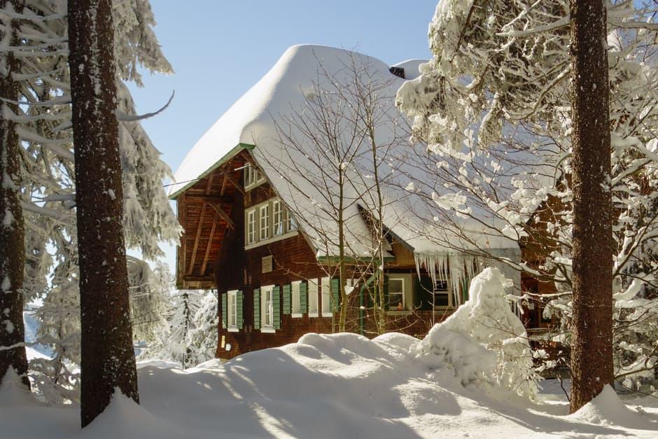 OCENA ODDZIAŁYWAŃ ŚRODOWISKOWYCH NA BUDOWLE CZĘŚĆ 1 Obciążenie śniegiem