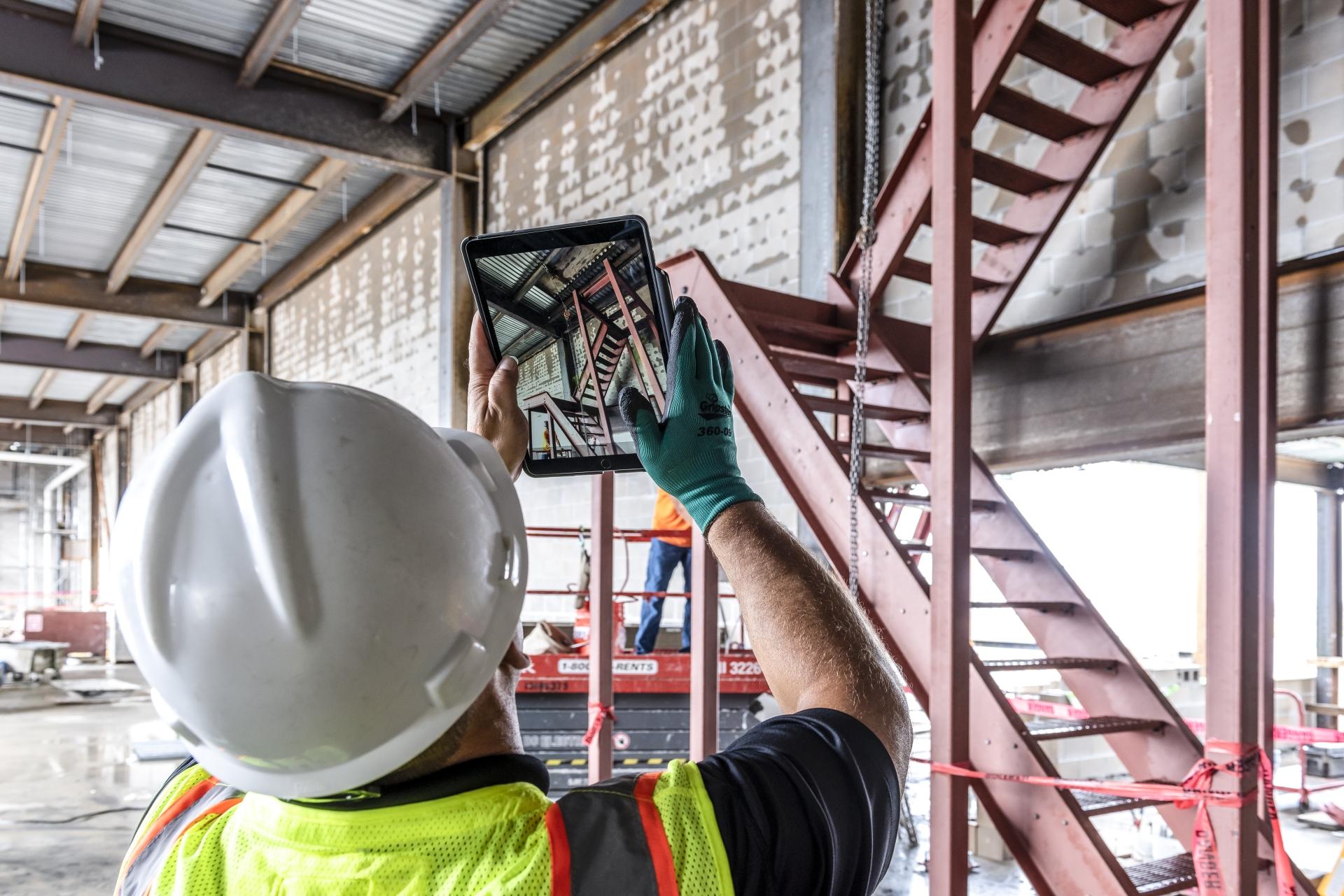 Czy branża budowlana jest gotowa na pracę w środowisku chmury?