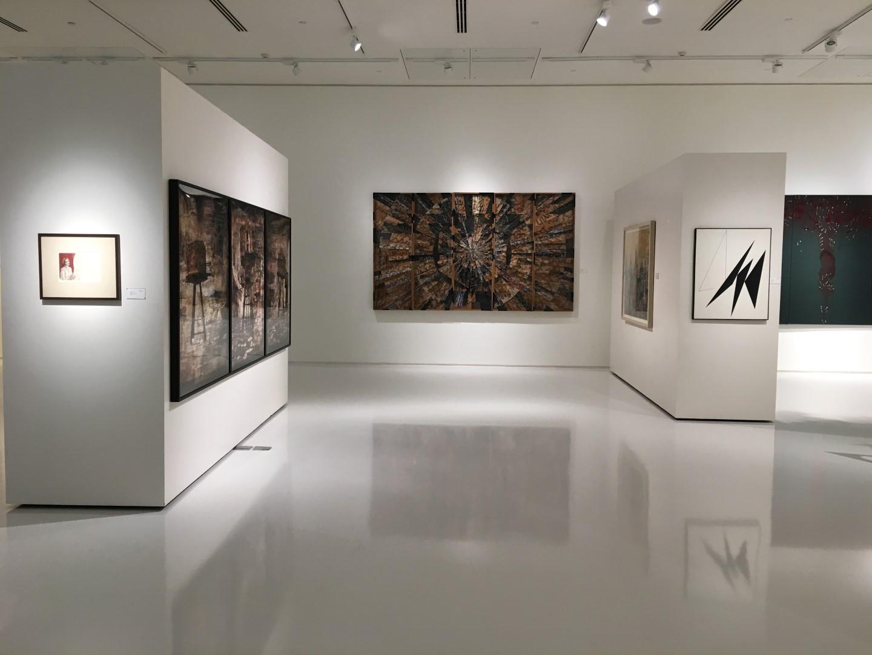 Posadzki żywiczne w muzeach i galeriach sztuki na 3 różne sposoby