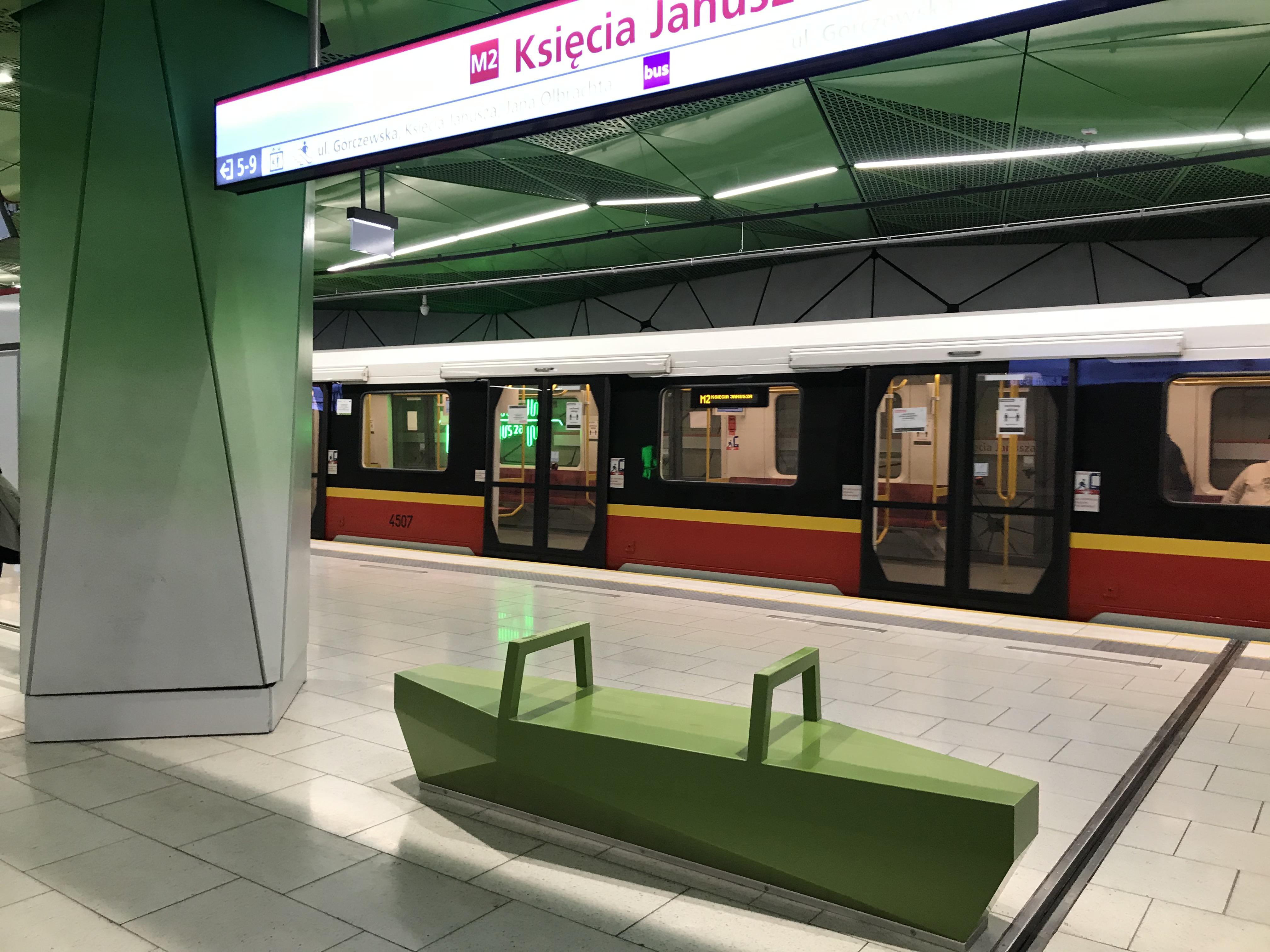 Metro w stylu Woli