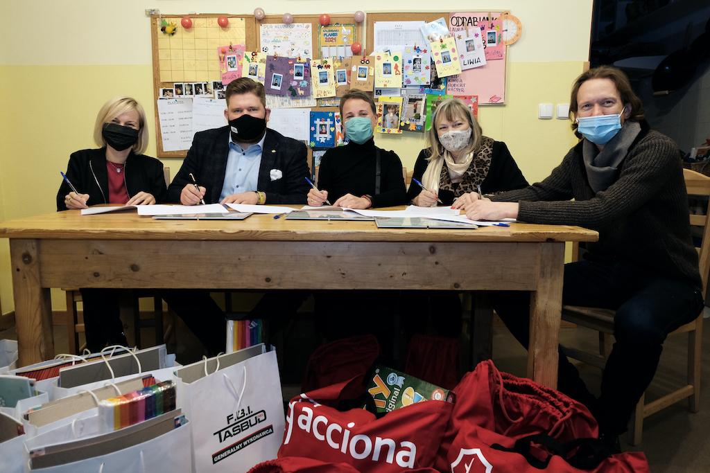 ACCIONA Nieruchomości z akcją charytatywną dla Powiślańskiej Fundacji Społecznej